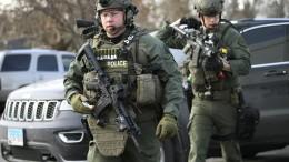 Angreifer erschießt fünf Menschen