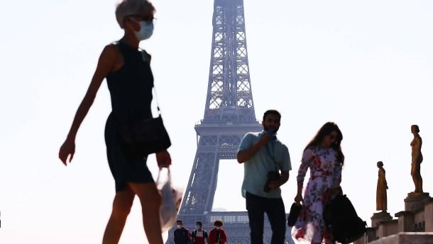Frankreich meldet 13.215 Neuinfektionen an einem Tag