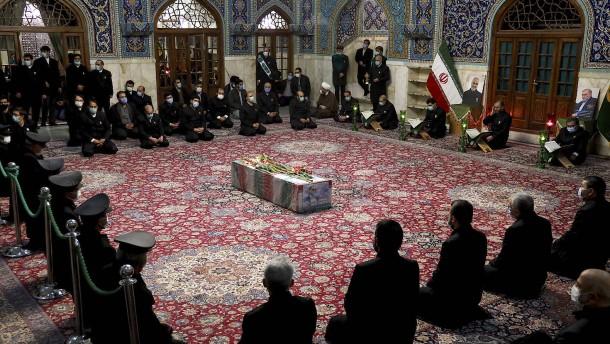 Iran verbreitet neue Version zum Tod des Atomwissenschaftlers