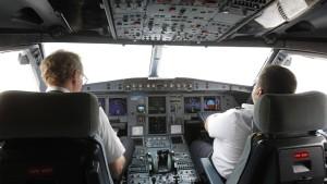 Piloten halten Zwei-Personen-Regel für sinnlos