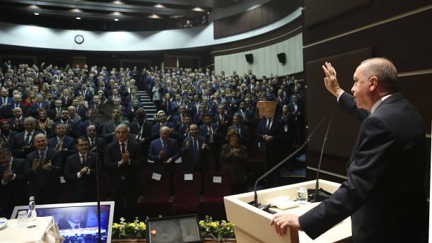 Türkei will Truppen nach Libyen schicken