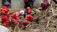 Nach verheerender Schlammlawine steigt die Zahl der Toten