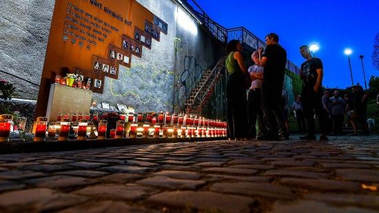 Tausend Lichter erinnern an Opfer