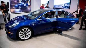 Tesla will Autos künftig nur noch online verkaufen