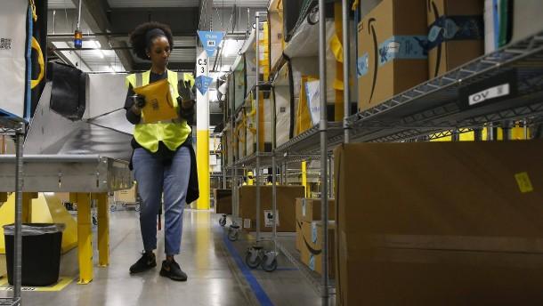 Amazon stellt weitere 75.000 Mitarbeiter ein