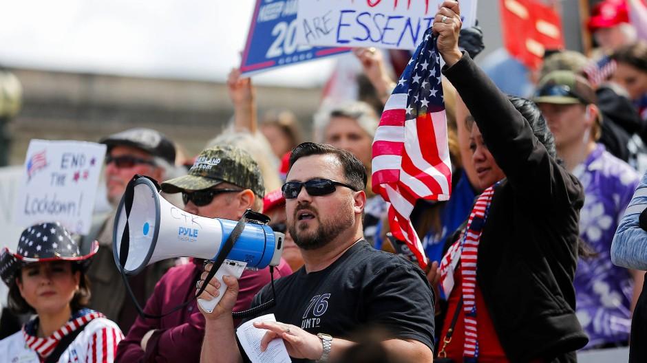 Proteste in Washington gegen Ausgangsbeschränkungen