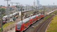 Bundesweite Brandanschläge auf Kabel der Deutschen Bahn