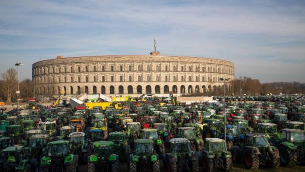 Freitags gegen Auflagen, samstags für Agrarwende
