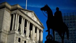 Britische Notenbank hält Leitzins konstant