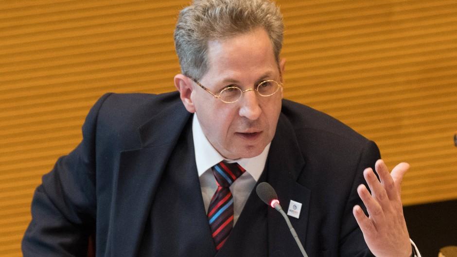 Der ehemalige Verfassungsschutz-Präsident Hans-Georg Maaßen spricht bei einer Diskussionsveranstaltung des Berliner Kreises in der Union im Mai.