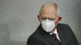 Koalition setzt Wahlrechtsreform durch – Schäuble enthält sich