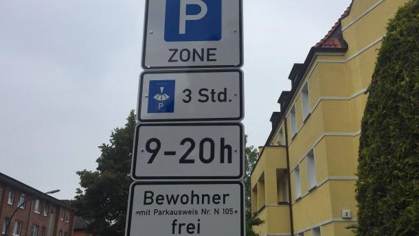 Stadt weitet gebührenpflichtige Parkzonen aus