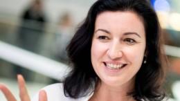 Staatsministerin Bär will Kinder online besser schützen