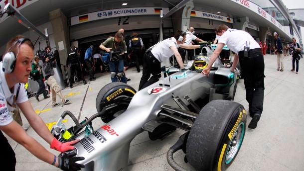Formel 1 in China: Silber strahlt