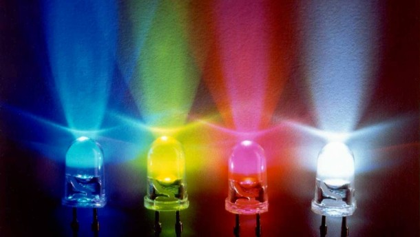 organische leuchtdioden so leuchtet das licht der zukunft cebit faz. Black Bedroom Furniture Sets. Home Design Ideas