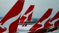 Qantas-Maschinen stehen auf dem Rollfeld in Melbourne.
