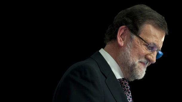 Podemos steigt auf, Rajoy steigt ab
