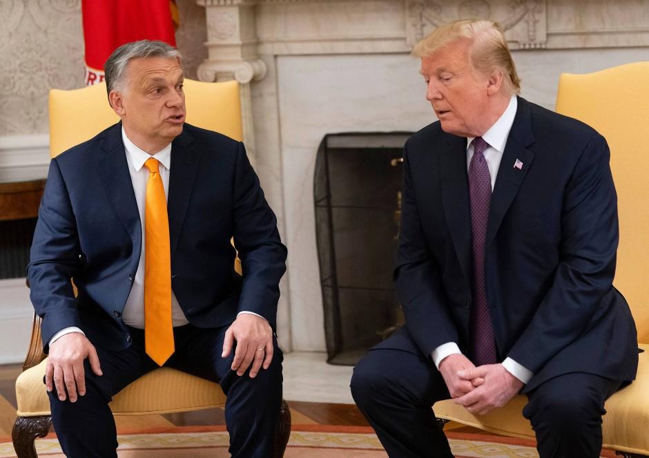 """""""Ich weiß, er ist ein harter Mann, aber er ist ein respektierter Mann, und er hat in Sachen Einwanderung das Richtige getan, so sagen es sehr viele Leute"""": Trump über Orbán"""