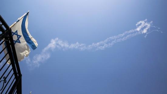 Israel wehrt Rakete ab