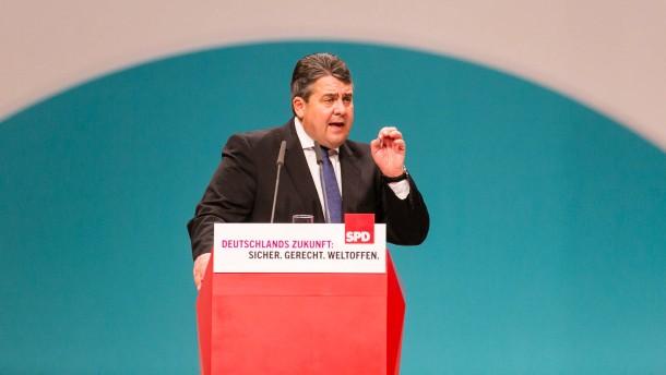 Gabriel macht Merkel für Erfolg der Rechten mitverantwortlich