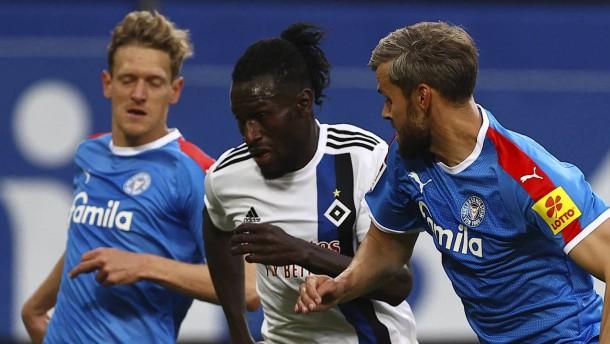 Später Schock für HSV im Nordderby gegen Kiel