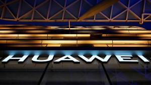 """Huawei teilt die Welt im """"Techno-Krieg"""""""