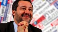 Der italienische Innenminister Matteo Salvini bei einer Pressekonferenz in Rom.