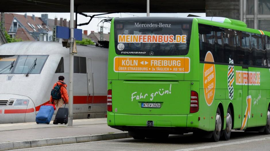 Weiß oder grün? Reisende haben die Wahl.