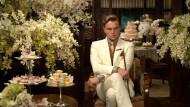 """Willkommen in der Oberschicht: Leonardo DiCaprio als Jay Gatsby in """"Der große Gatsby"""" (2013)"""