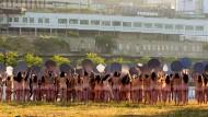 Nackt-Protest gegen Parteitag der Republikaner