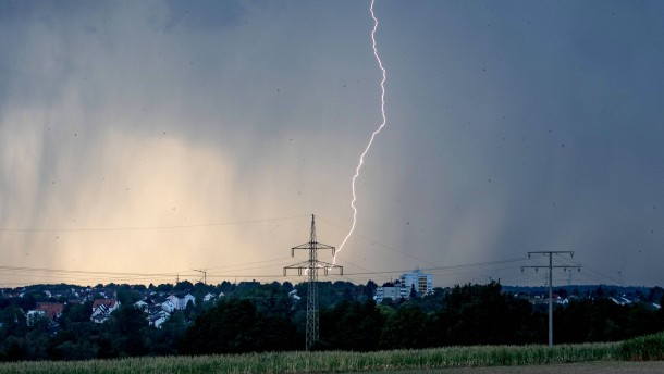 Starkregen und lokale Gewitter erwartet
