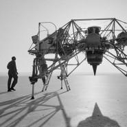 Amerikas erste Raumflotte: Fertigung von Mercury-Raumkapseln bei MacDonnell Aircraft in St. Louis. Mit den einsitzigen Gefährten führte die Nasa ihre ersten bemannten Weltraumflüge durch. Neben sechs menschlichen Astronauten flogen damit auch die Schimpansen Ham und Enos ins All, die – anders als die sowjetische Hündin Laika – beide heil zurückkehrten.