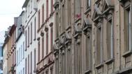 Werden seltener: Bezahlbare Wohnungen in attraktiven Regionen wie Frankfurt