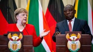 AfD klagt gegen Merkel