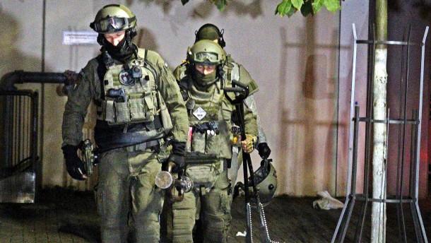 Drei Verletzte nach Messerangriff in Monheim