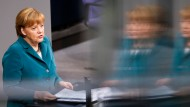"""Bundeskanzlerin Merkel: """"In der Stunde der Not stehen die Menschen in Deutschland zusammen"""""""