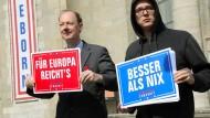 Große Ziele: Martin Sonneborn, Vorsitzender der Partei, und Nico Semsrott beim Wahlkampfauftakt in Berlin