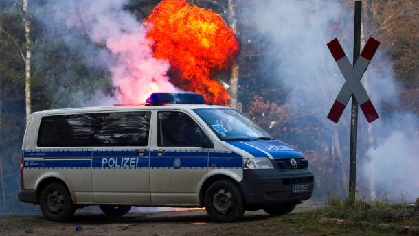 Castor-Transport erreicht Deutschland