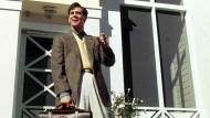 """Hallo, Herr Kaiser: Auch Schauspieler Jim Carrey hat sich schon einmal als Versicherungsvertreter versucht – im Film """"Truman Show""""."""
