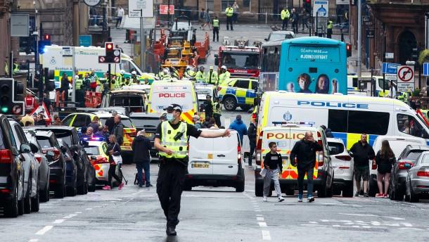 Motivsuche nach Messerattacke in Glasgow