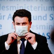 Bundesarbeitsminister Hubertus Heil (SPD) bei einer Pressekonferenz zu den neu beschlossenen Corona-Maßnahmen am 20. Januar 2021.