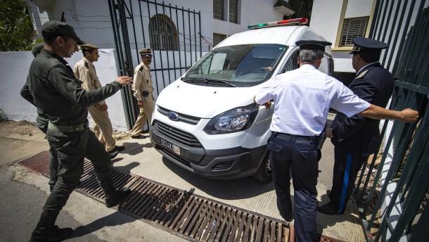 Todesstrafe für drei Männer wegen Mordes an Rucksack-Touristinnen