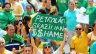 Ein Korruptionsskandal bringt ganz Brasilien in Schwierigkeiten