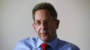 Oppositionspolitiker fordern Rücktritt Maaßens