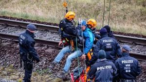 Notbremsung verhindert Unglück nahe Hambacher Forst