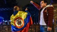 Überrascht reagierten viele Kolumbianer auf das Ergebnis der Abstimmung. Eine Zustimmung galt als sicher.