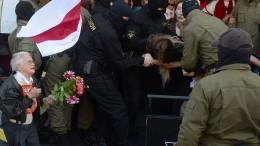 Dutzende Demonstranten in Minsk festgenommen