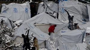 748 Millionen Euro für Flüchtlinge ausgegeben