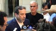Verurteilt die jüngsten amerikanischen Sanktionen als Verletzung des Atomabkommens: Irans Verhandlungsführer Abbas Araghtschi