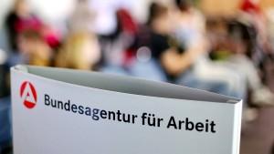Arbeitslosigkeit in Deutschland steigt